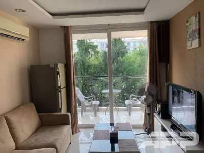 Great apartment in Jomtien in a popular complex with a large swimming