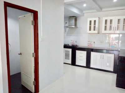 RW-0011 - Town house for rent with 2 bedrooms, 2 bathrooms, 1 kitchen