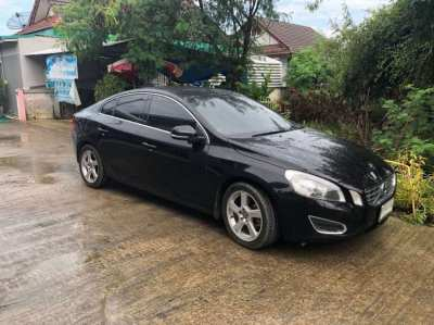 Volvo 2013 S60 Excellent condition, priced to sell fast 540,000 baht