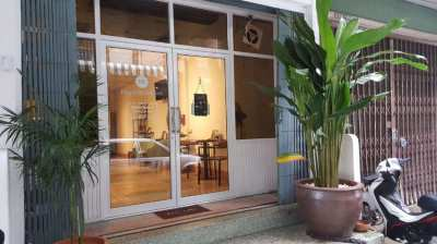 Hostel and cafe for sale in central Bangkok