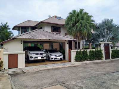 House for rent in Sukhumvit 89, close to International school