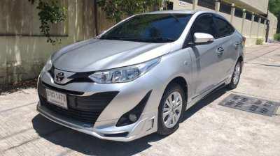 Vends Toyota Yaris Ativ 2018 ans
