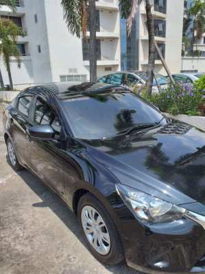 Mazda2 2017 low mileage like new 1-owner