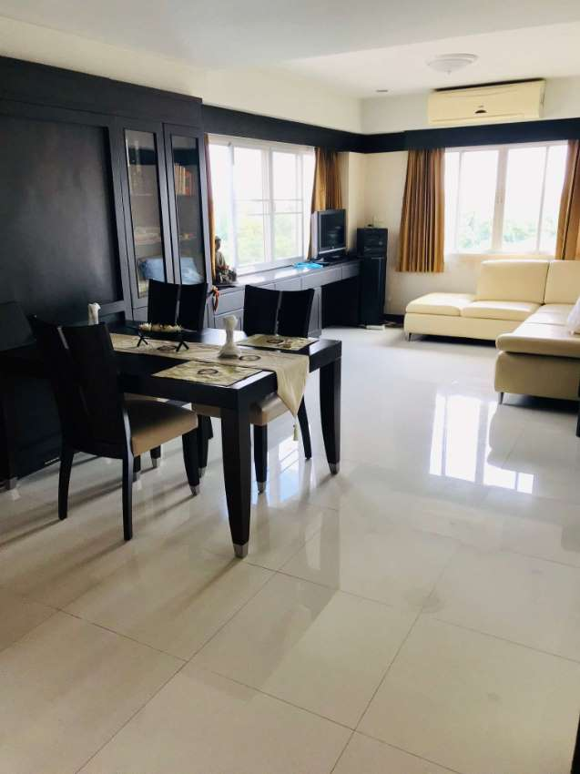 Beautiful 2 bedroom Condo for sale in Don Muang,Happy Condo