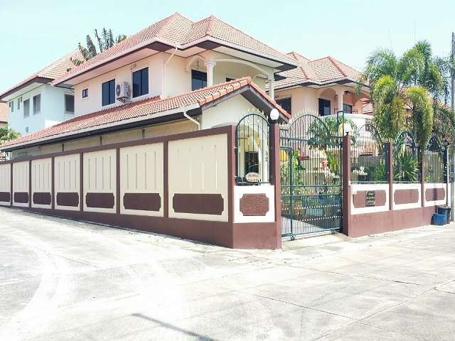 HS1523 East Pattaya House , 3 bed for sale