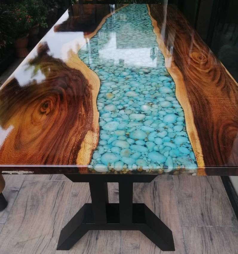 RIVER TABLES HARDWOOD CUSTOM  ONE ONLY PIECES