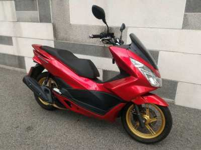 RENT PCX LED only 3000 per Month