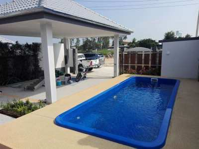 New Cha-am Town Center 3 BR 2 Bath Pool Villa