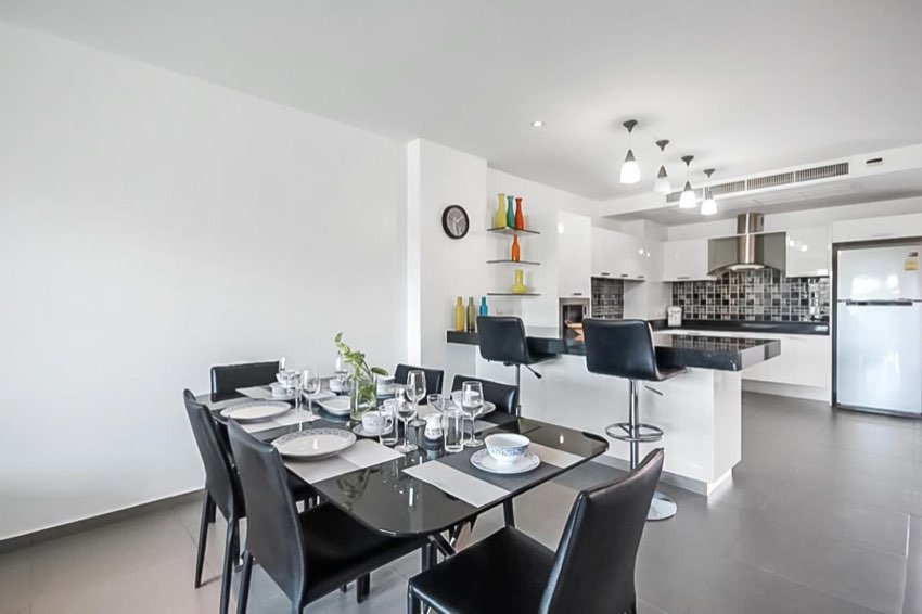 Very Well Priced Modern Unit For Sale At Sunrise Hill - Pr