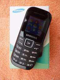 Samsung GT-E1200Y