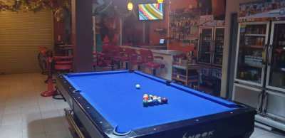 Large Air Conditioned pool bar