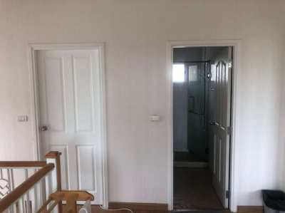 Good location like new home for sale discount price now