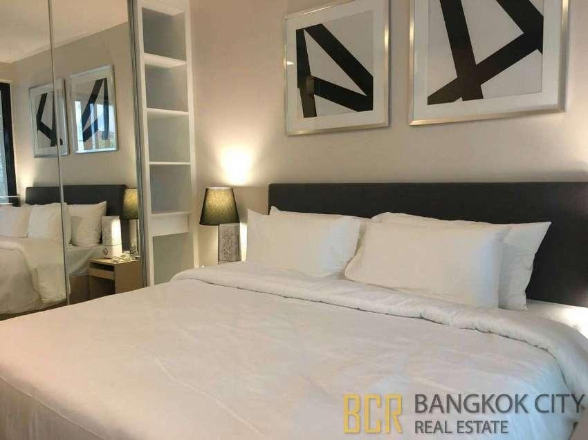 LIV @ 49 Ultra Luxury Condo Spacious 1 Bedroom Duplex Unit Rent/Sale