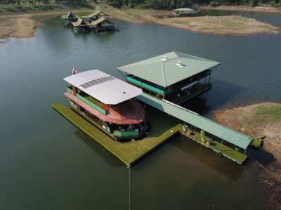 Unique Off The Grid Private Fully Sustainable Houseboat - ฿3,900,000