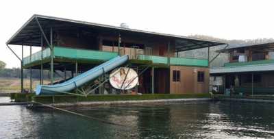 Unique Boathouse Floating 2 Story Residence Sri Nakarin Lake