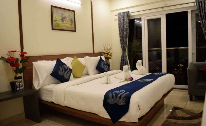 Fully Operational 39 Keys Hotel with restaurant in Patong