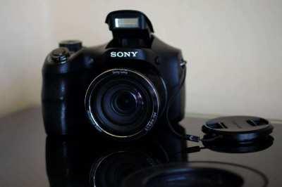 Sony Cyber-shot DSC-H200 20.1Mp Zoom 26x