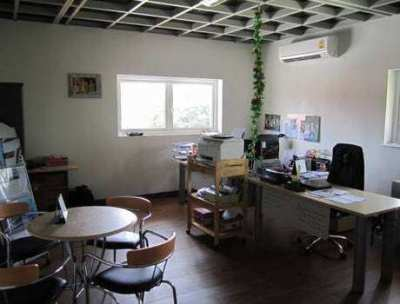Office and workshop for sale / rent