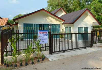 Attractive 3 bedroom house only 130 meters from Mae Phim beach