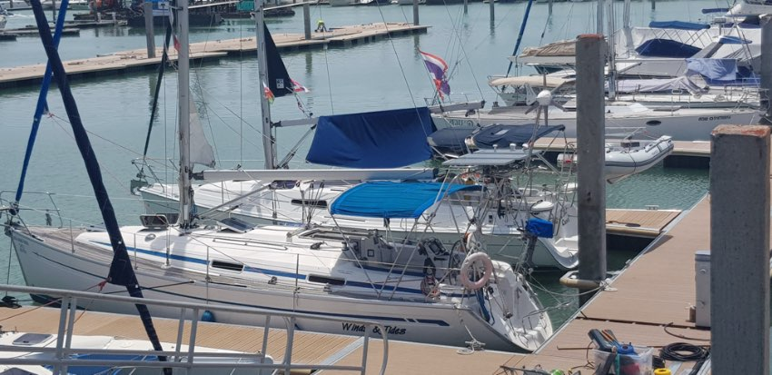 Very Nice Bavaria 34 now available