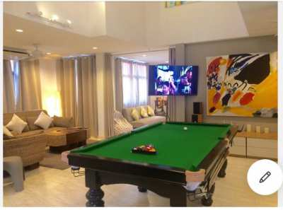 8x4 Pool / Billiards Table
