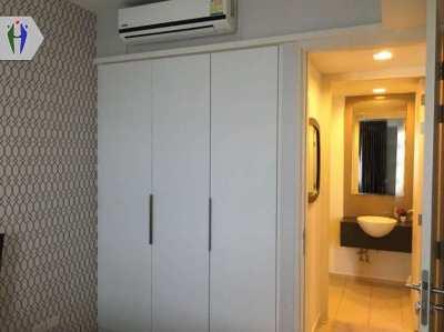 Nice Condo for Rent Uinxx 13,000 baht Close to Pratumnak Hill