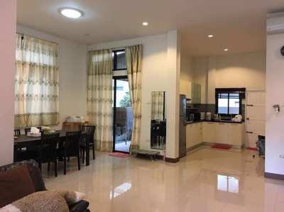 Beautiful Single House For Sale in Pattanakarn Road Pattaya