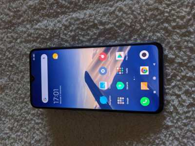 Xiaomi Mi 9 in Blue  like New