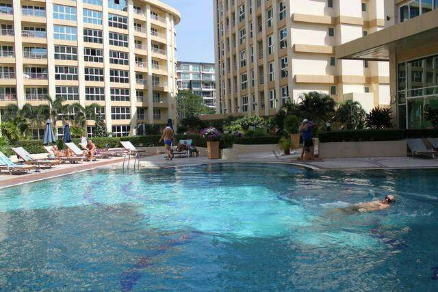 City Garden Condominium for rent Central Pattaya near Avenue Shopping.