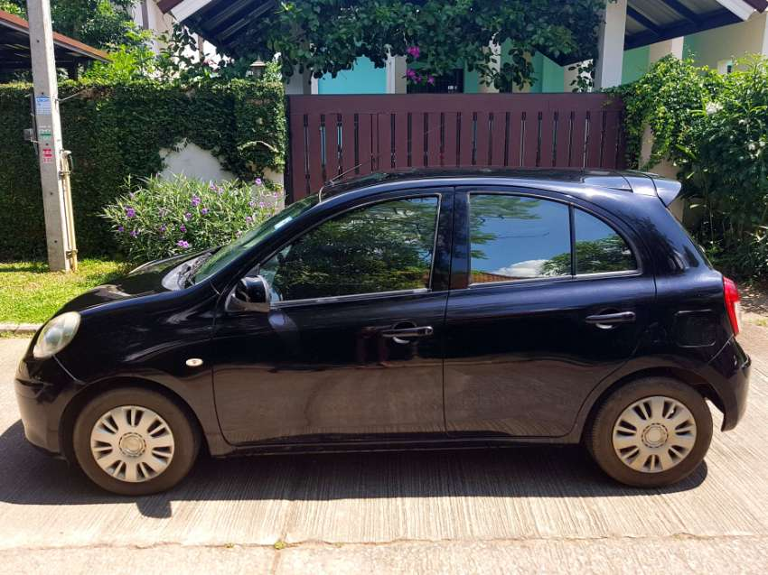 Nissan March top condition & low mileage