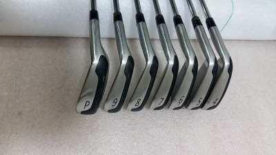 golf iron set (titleist T-MB 718)
