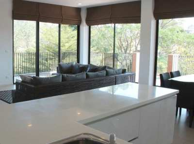 Khao Yai large South-East corner condo with green view