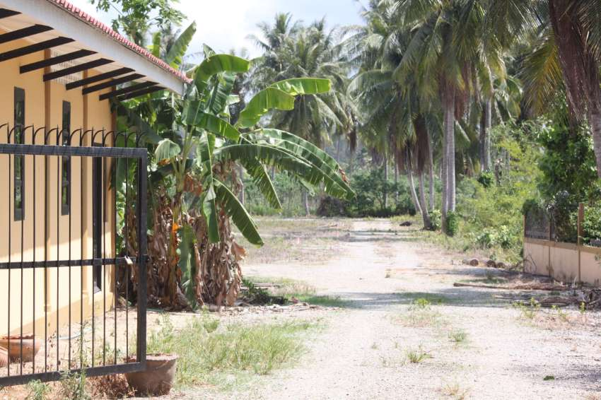 REDUCED TO 16950000 opportunity to buy 6.65  rai in maprachan pattaya