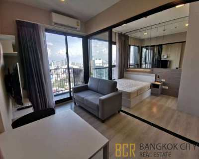 Midst Rama 9 Luxury Condo Very High Floor 1 Bedroom Flat for Rent/Sale
