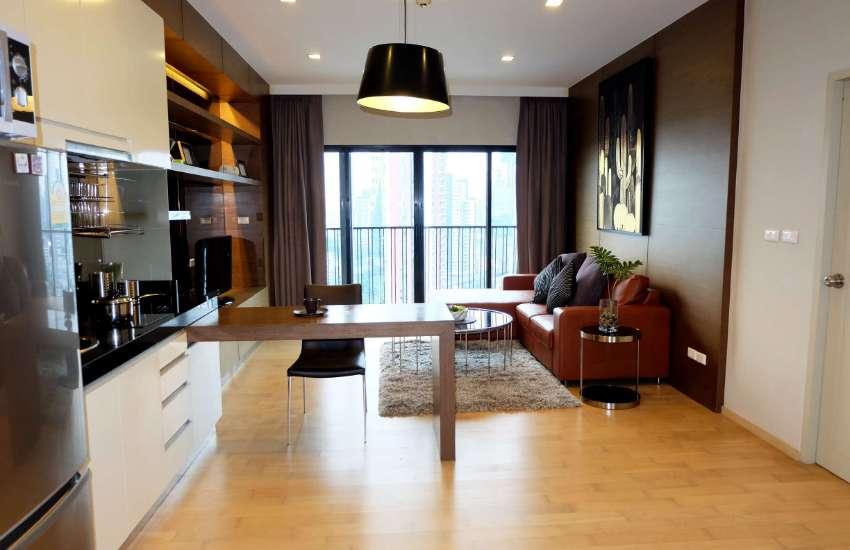 Special corner unit on 21 floor 350 meters to Ekkamai BTS Noble Reveal