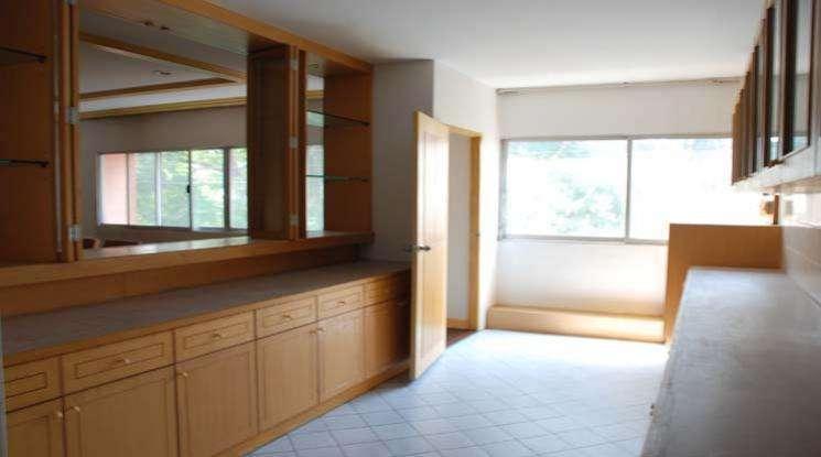 Sale with rental income 4 Bedroom Condo  BTS Thong Lo in Sukhumvit
