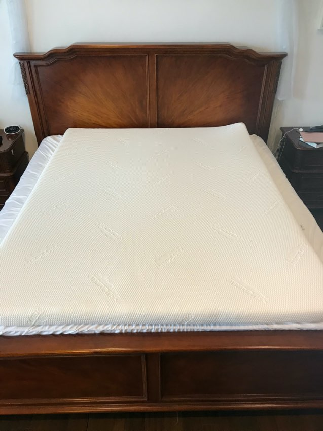 Original Tempurpedic Memory Foam Mattress Topper - Queen Size