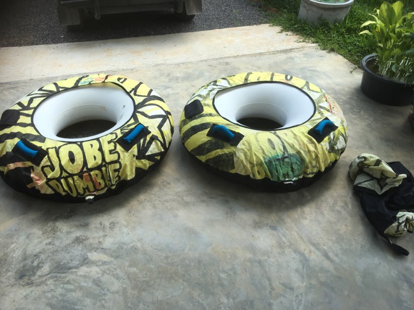 towed buoys (Tubing)