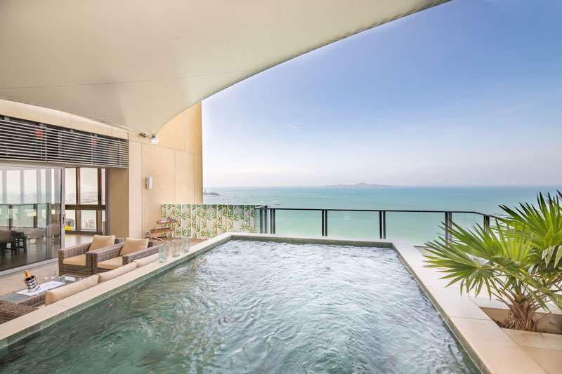 Northpoint Beachfront Penthouse, 4+ bedrooms, private pool, top luxury