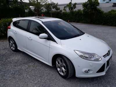 Ford Focus Sport, Low Mileage, Like New!