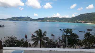 Selling hotels, shops, restaurants, 4 floors in front of Patong beach,
