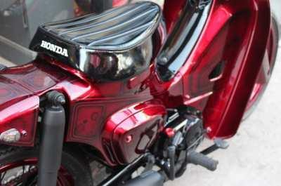Honda Super Cub 110 i  Red Custom