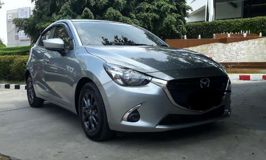 Madza 2 . Sports .High Connect.10/2017.Low mileage.