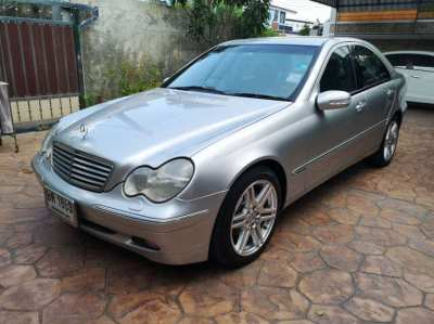 Mercedes Benz C180 Elegance Kompressor W203 low mileage 100,xxx km