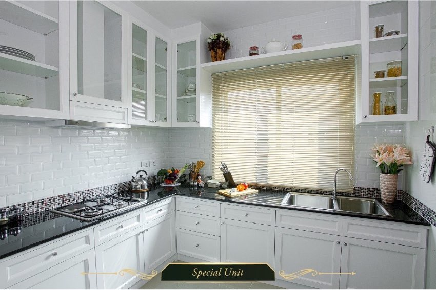A beautiful 2 story house with semi furniture and 2 kitchen for sale