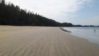 Beach Front Land For Sale 93 Rai, Koh Phrathong, Phang Nga.