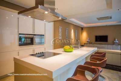 Just Reduced at Majestic Residence