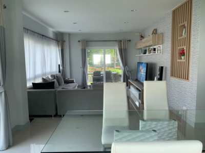 3 bedrooms house with garden for sale in soi Siam Country Club Pattaya