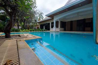 Jomtien Park Villas For Sale at Bargain Price, Best Price For Sure!!