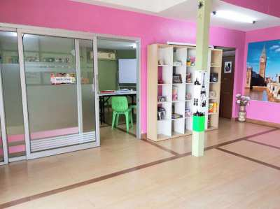 Tutoring and Language School for sale in an Excellent location.